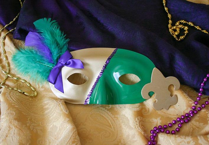 Simple DIY Mardi Gras Masks