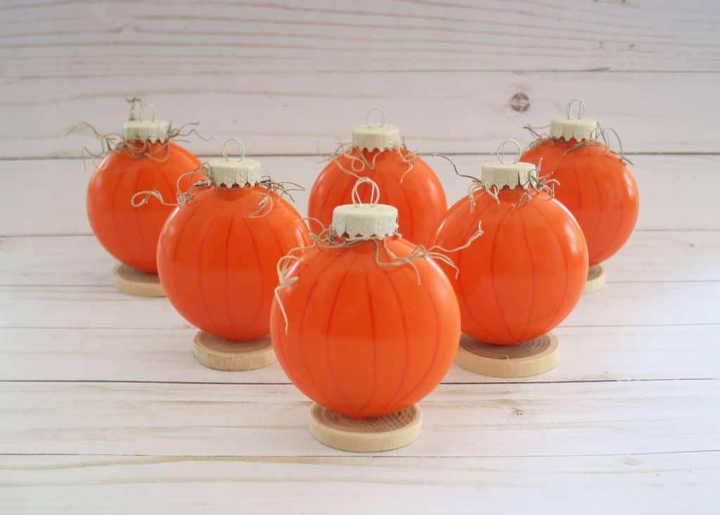 Pumpkin-Place-Card-Holder