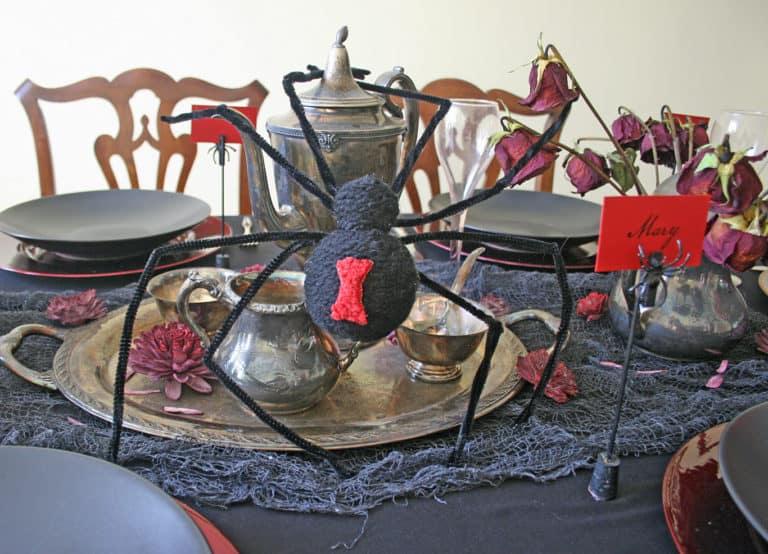 Large DIY Fake Spider for Halloween Decoration
